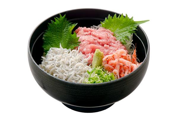 ネギトロ・釜揚げしらす・桜えび丼
